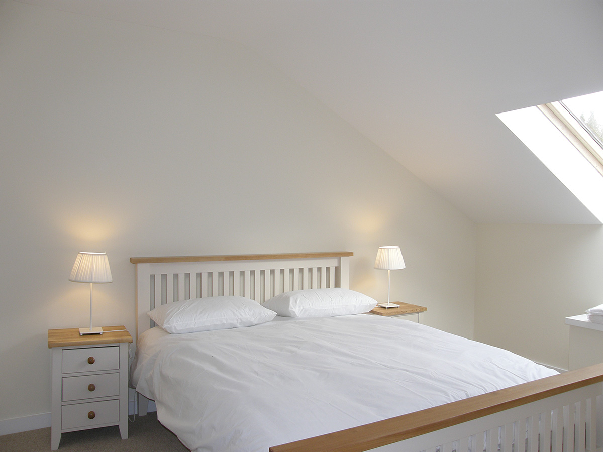 Pleasure row sleeps 6 holiday rentals hampshire for Pleasure p bedroom floor lyrics