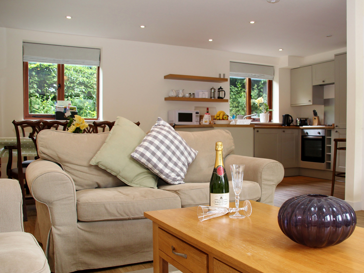 holiday cottages south downs national park